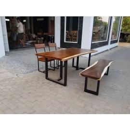 우드슬랩 테이블